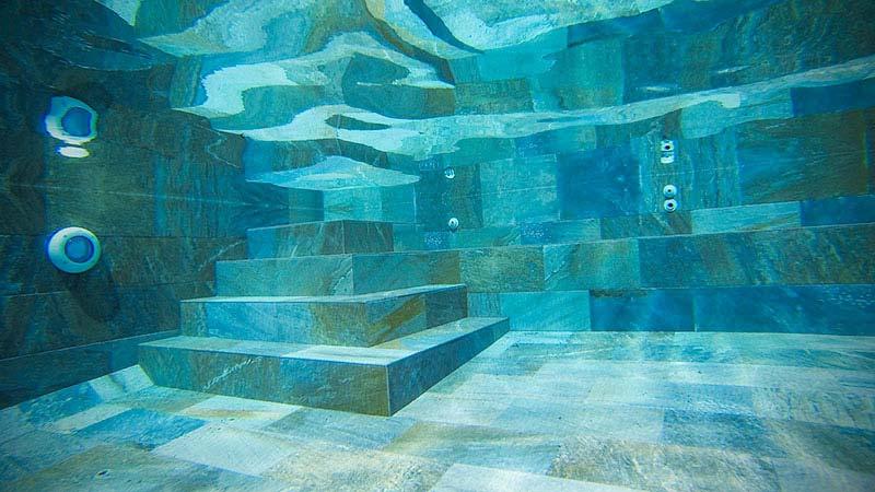 Rosa Gres interior piscina